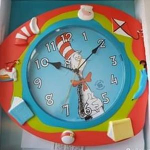 New clock cat in the hat